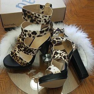 🐆Shoedazzle beau+ashe Leopard high heels Women's